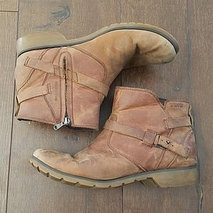 Teva De La Vina Waterproof Leather Low Ankle Boots